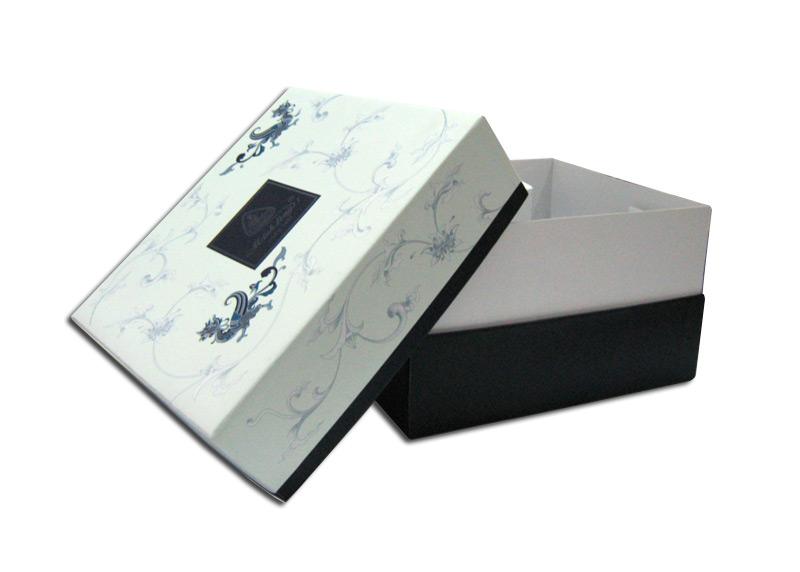 In hộp giấy đựng giầy cho shop giầy da ở tại tphcm - hinh 1