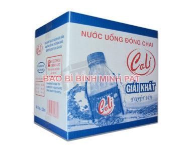 In thùng carton 3 lớp đựng nước uống đóng chai - hinh 4